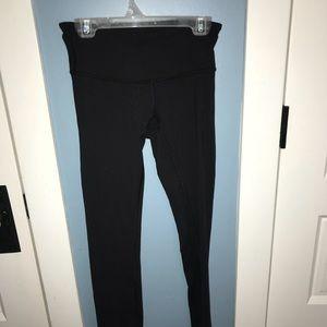 Lululemon wunder under black low waisted leggings